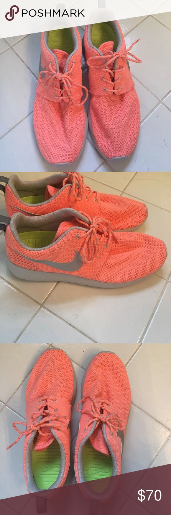 Nike Roshe Runs Bright coral Nike Roshe Runs, worn only Once! Nike Shoes Sneakers