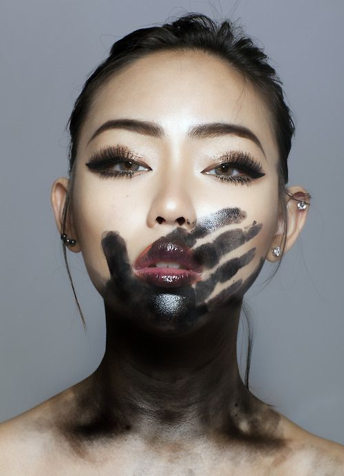 black hand, editorial make up, high fashion beauty