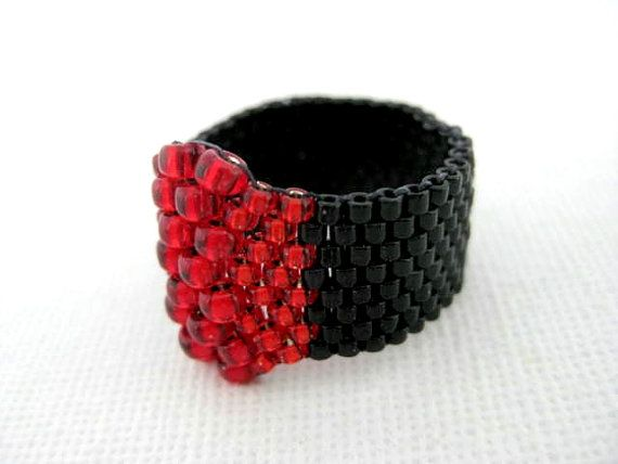 Peyote Seed Bead Ring  Red Black  size  5 6 7 8 by MadeByKatarina