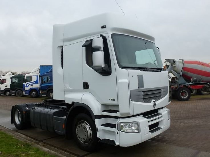 For sale: Used and second hand - Tractor unit RENAULT PREMIUM 440 DXI