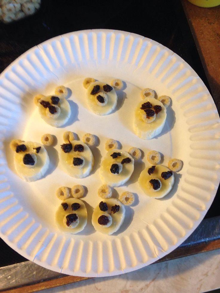 polar bear snack cheerios bananas raisins