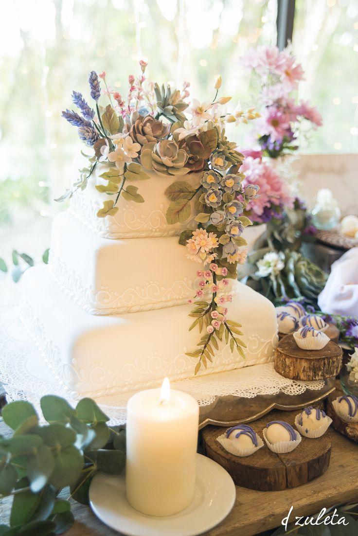 Bizcocho de Boda / Ranch Wedding Cake/ Photography by: Diana Zuleta / visita: dzuletafotografiadebodas.com