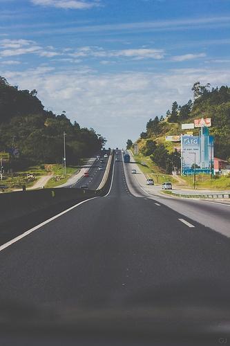 The familiar road to paradise (Balneario Camboriu - SC - Brazil)