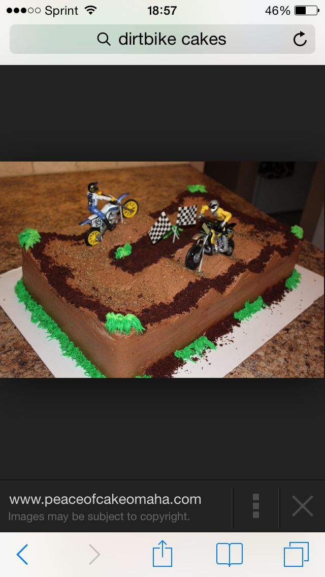 Dirt bike cakes with whoops
