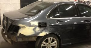 Покраска автомобиля полностью в Краснодаре цена от эконом варианта до абсолюта в СТО «Автопокрас»   http://avtopokras23.ru/pokraska-avtomobilya-polnostyu-v-krasnodare-cena.html ... Покраска автомобиля полностью – сложный технологический процесс, который включает в себя:     снятие покрытия, удаление краски;     ремонт мелких повреждений;     ошкуривание;     удаление загрязнений;     грунтовка;     выбор цвета и подбор краски;     нанесение краски;     сушка;     покрытие лаком. Все выше…