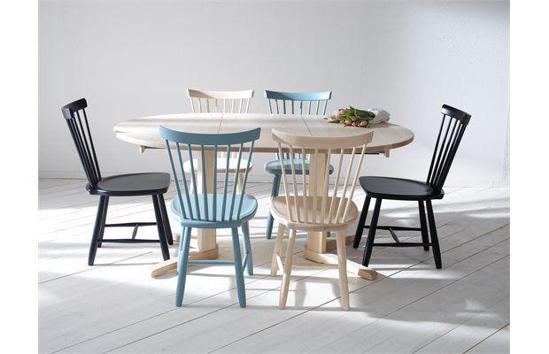 Krzesła patyczaki, fot. Lilla Åland
