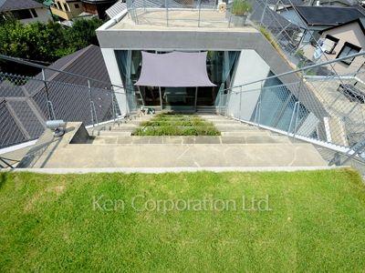 nice green roof balcony