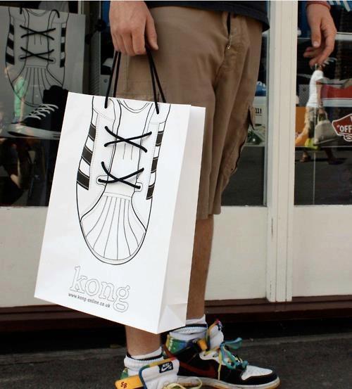 Kong sneakers shopping bag