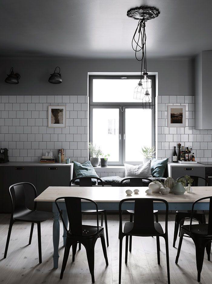 26 Gorgeous Scandinavian Kitchen With Grey Color Ideas In 2020 Scandinavian Kitchen Grey Kitchens Modern Scandinavian Design
