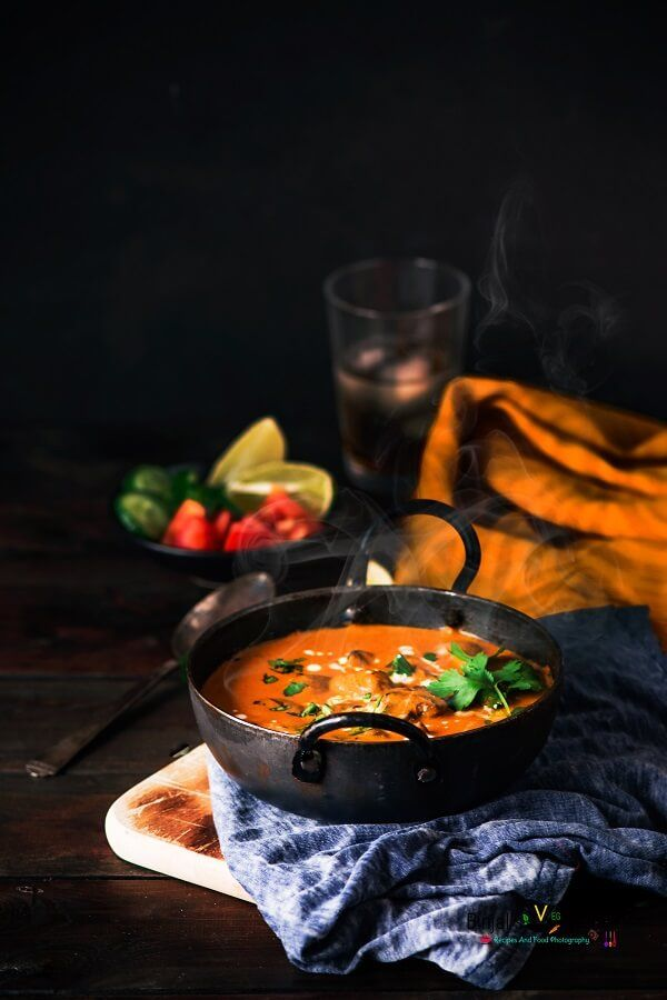 Mughlai Mushroom Malai rich creamy delicious curry. Mughlai Mushroom Malai perfect side dish, goes well with naan, roti, parathas or with hot steamed rice.