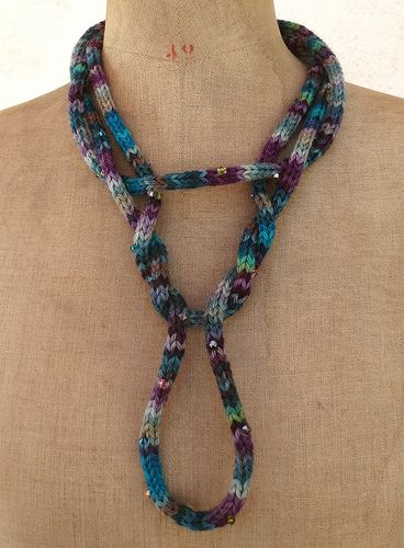 Tricotin necklace by made by Pixies