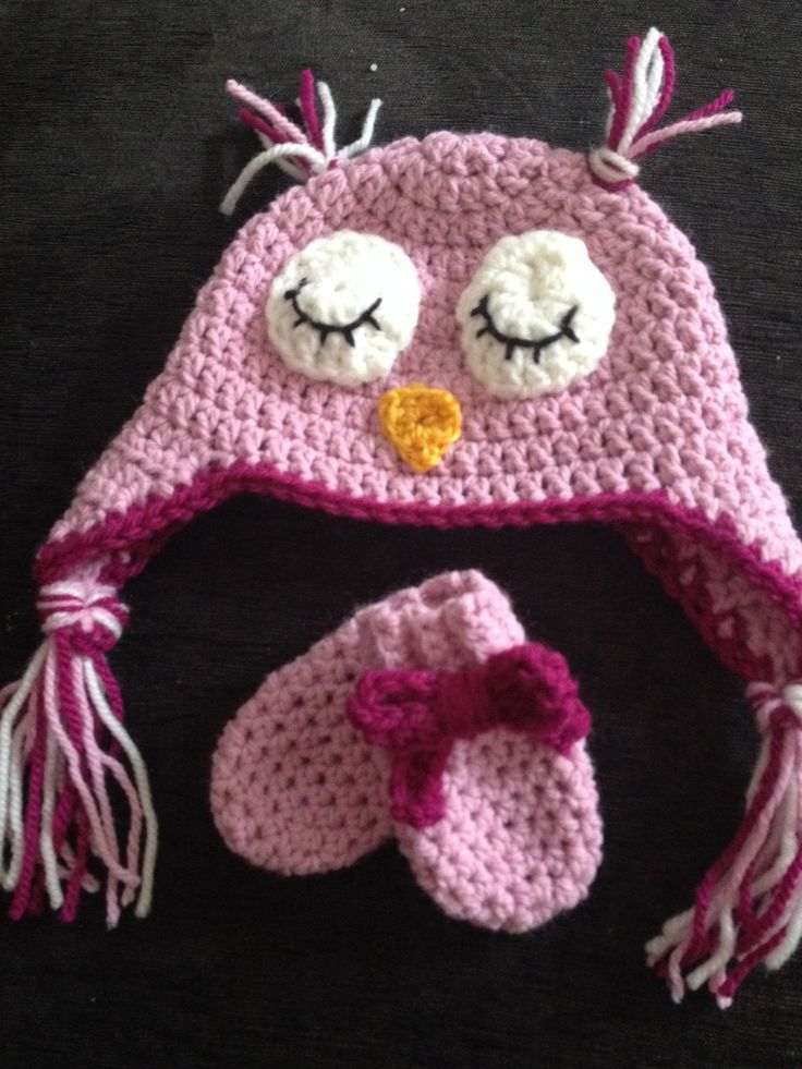 Twit twoo hat and matching mittens