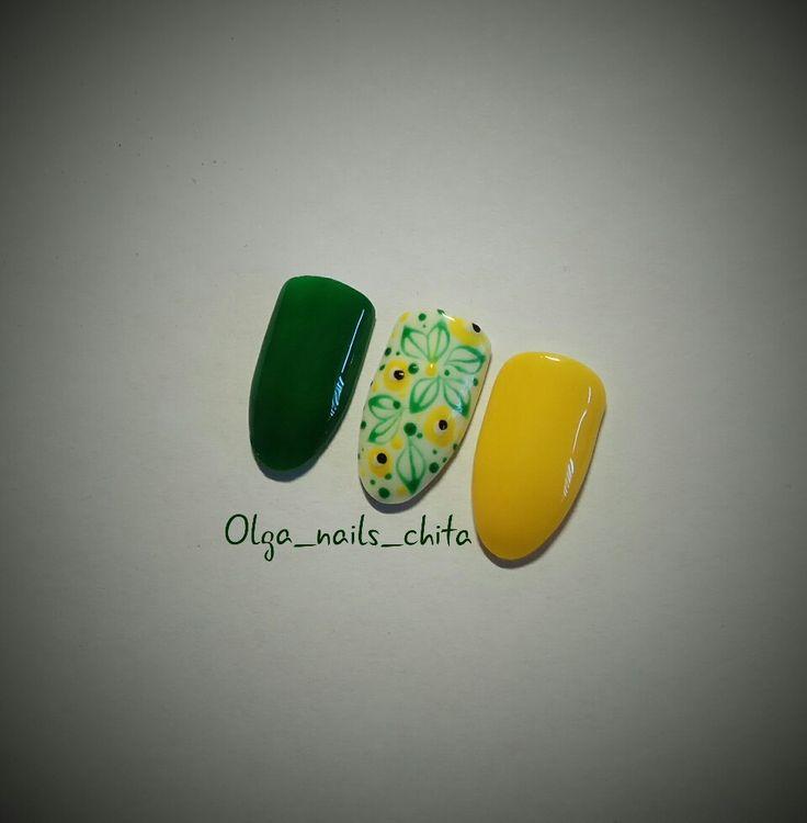 Мастер ногтевого сервиса Чита. Дизайн ногтей, желтый лак.