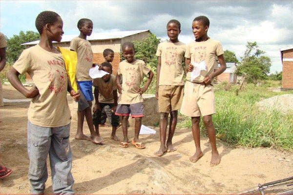 The H.E.L.P. Malawi T-shirt look #MaxAzria #HELPchildren #Malawi