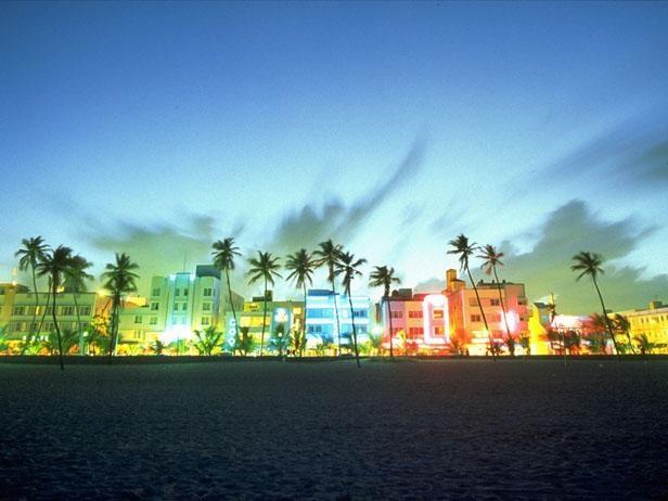 Sobe S Main Tourist Drag Ocean Drive Is The Center Of Miami Art Deco District