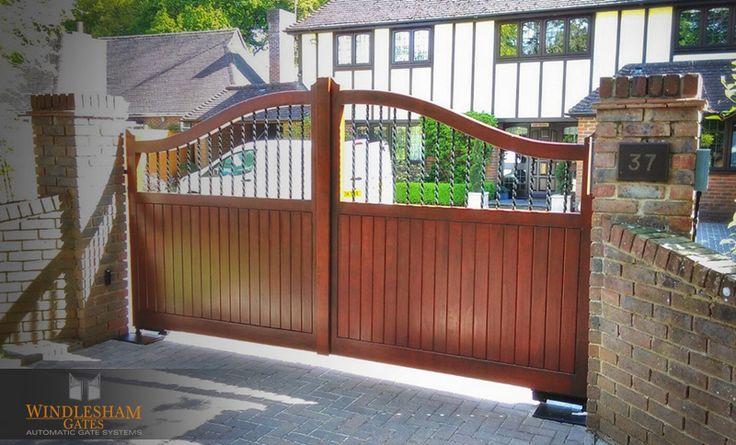 Accoya S Top automatic gates - Reading, Berkshire