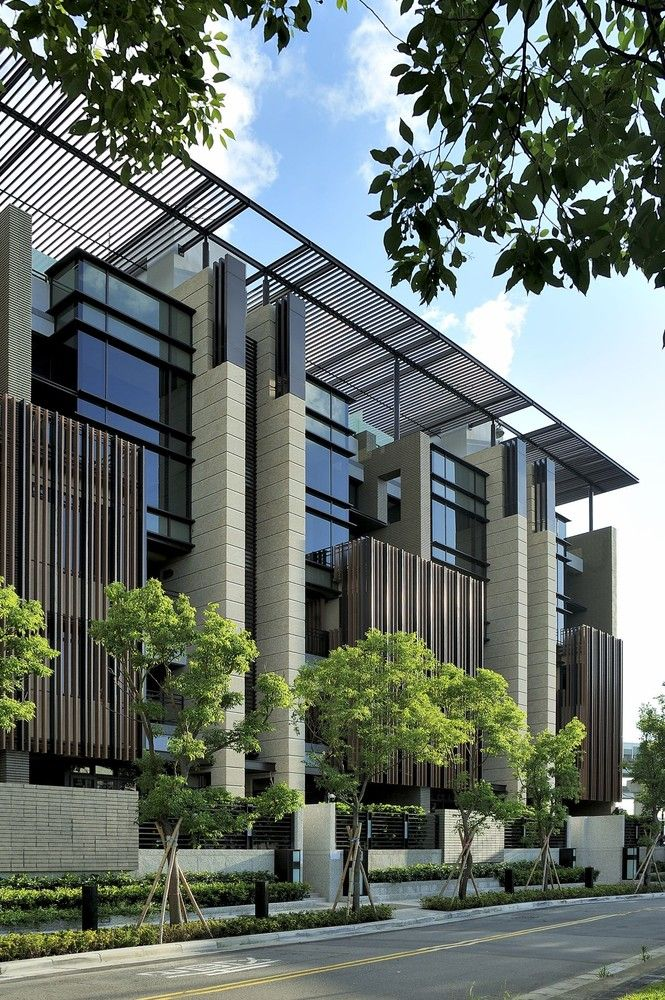 Gallery of Ritz Plaza Housing Complex / Chin Architects - 2