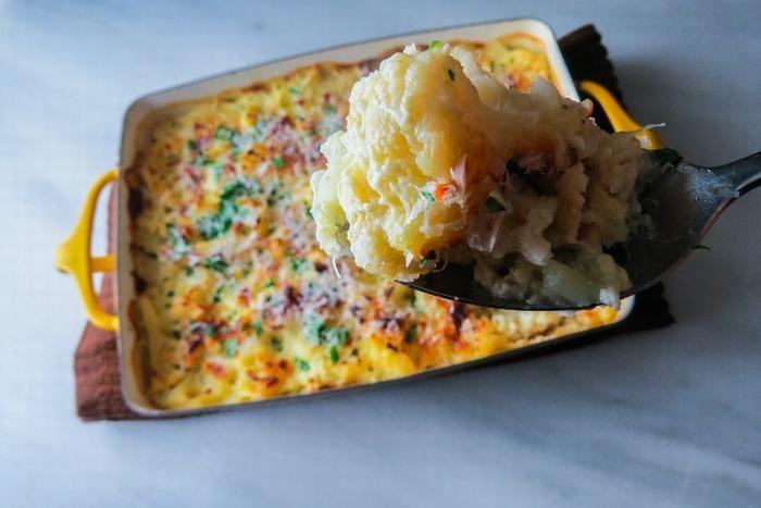 This Cheesy Cauliflower Casserole is Pure Vegetarian Delight!