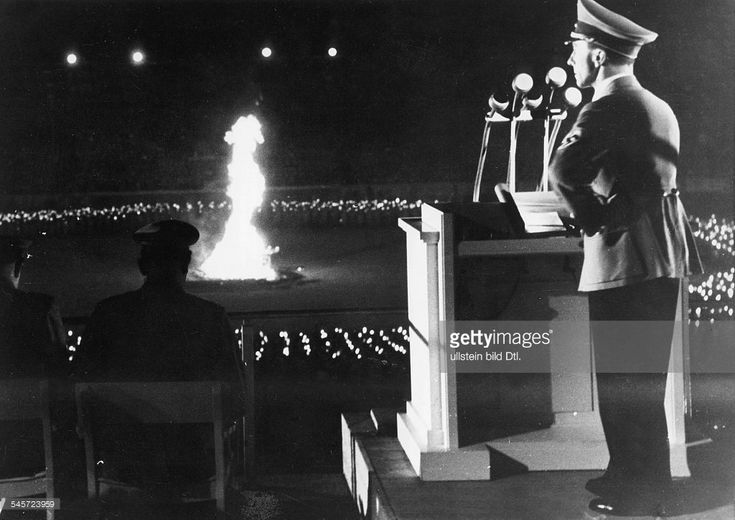 Joseph Goebbels delivering a speech at the solstice festival at the Olympic Stadium, Berlin - 1938 - Photographer: Presse-Illustrationen Heinrich Hoffmann - Published by: 'Die Braune Post' 27/1938 Vintage property of ullstein bild