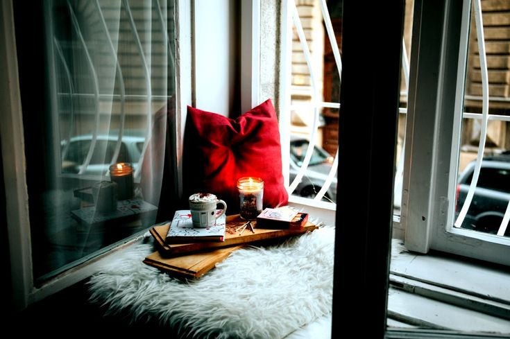 Zero to HYGGE in 5 simple steps!    Slow Down   That's correct, the first step is to slow down. If you clicked on this link in hope of a shortcut to embracing HYGGE, then I'm afraid to tell you that's not how it works. HYGGE is about getting back to basics. We are always rushing, we always have somewhere to be and we are always thinking about the next thing we have to do whilst doing the thing before.