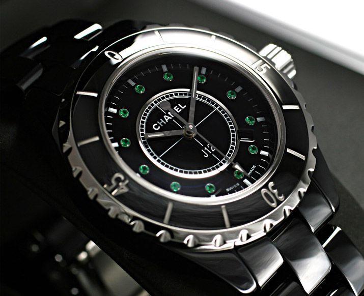 シャネルJ12J12 レディース H2130 黒セラミック 12エメラルド -シャネルJ12時計コピー
