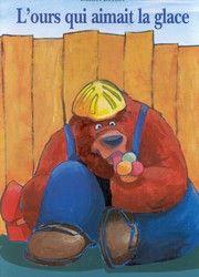 31997000769695 L'ours qui aimait la glace. L'ours Bruno qui est conducteur d'engin sur un chantier, adore les glaces. Il décide de devenir vendeur de glaces à la place de Fred qui passe opérateur. C'est la catastrophe! Fred écrase la cabane du chantier alors que Bruno mange le fonds de commerce. Drôle. [SDM]