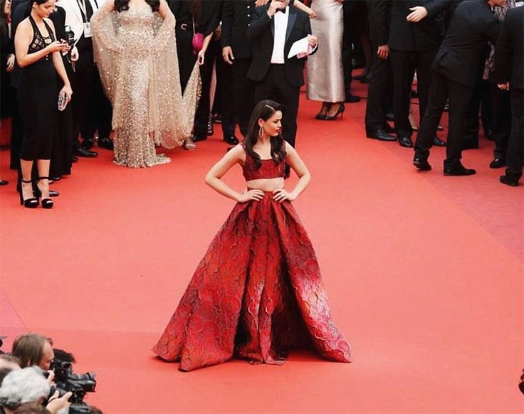 See What 6 Bloggers Wore To Cannes Film Festival
