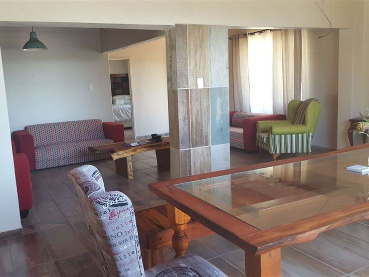 @OppiePlasie - @OppiePlasie is just outside Nelspruit. This is the place where you can be yourself and find peace, relax and enjoy at your own privacy.The free-standing unit comprises 3 bedrooms and 2 bathrooms. Attractions ... #weekendgetaways #nelspruit #lowveldlegogote #southafrica