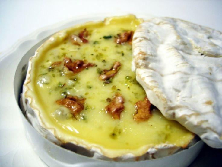 Queso Brie al horno con nueces 4