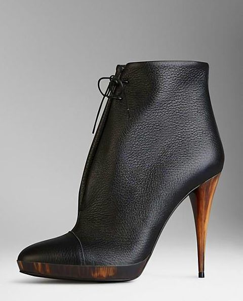 Burberry booties l Is it the wood heel? Is it the leather? Either way I want them! #shoeobsession