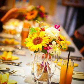 """★おしゃれコーディネート★  .  今回のテーマは""""夏""""  お2人が大好きな""""夏""""をヒマワリと黄色のトーションを使用しイメージしてみました  .  ご新郎ご新婦様はもちろん!ゲストの方たちにも大変満足していただきました♪ .  #themeetsmarinaterrace #wedding ウエディング#ウェディング#結婚式#結婚式場#結婚式コーデ#披露宴#イエロー#黄色#ひまわり#ヒマワリ#向日葵#夏#summer #おしゃれ#オシャレ#ぷれ花嫁 #プレ花嫁さんと繋がりたい"""