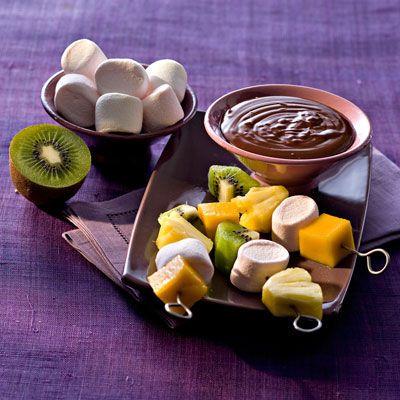 Découvrez la recette de la fondue au chocolat surprise