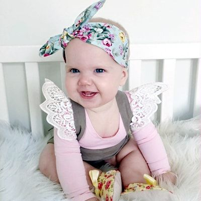 http://lillyandlace.com.au/product-category/topknot-baby-fabric-headbands-australia/ Baby blue floral top knot head band