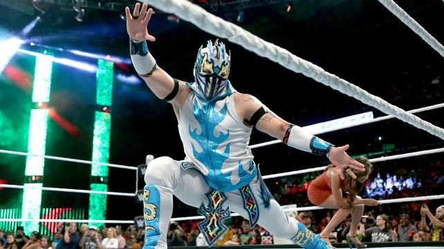 Neville & The Lucha Dragons vs. The New Day: photos | WWE.com
