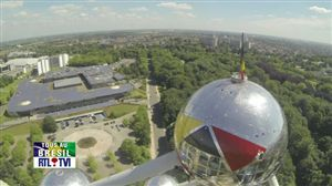 Belgian Flag designed on the top sphere of the #Atomium to celebrate the belgian Football Team. #TV #report #worldcup in #Brazil 2014. #Brazil2014 #WorldCup #reddevils #belreddevils #TeamBelgium #atomium  http://media.rtl.be/data/vpl/201406/CA00000958514_IPOD.mp4