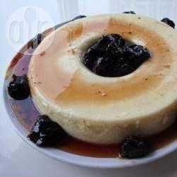 Manjar branco is een soort pudding gemaakt van melk en kokosnoot. Dit is een ouderwets Braziliaans dessert.