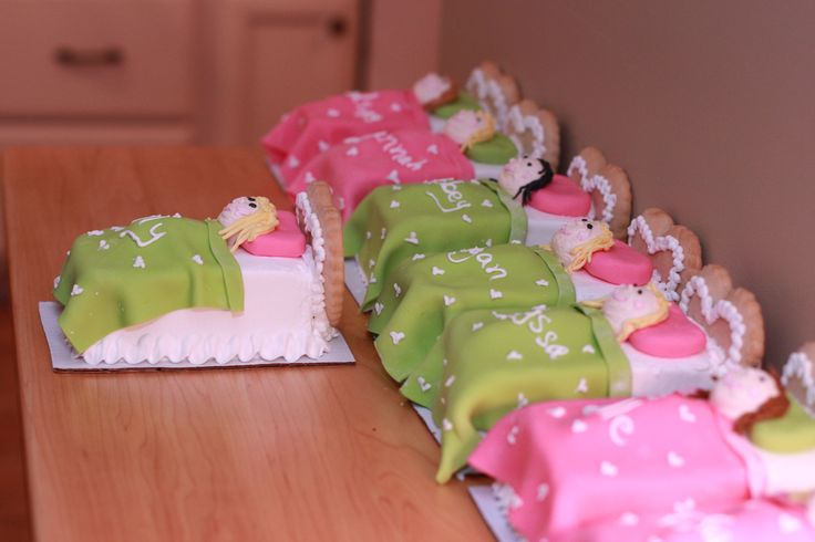 Slumber party cakes - one for each girl