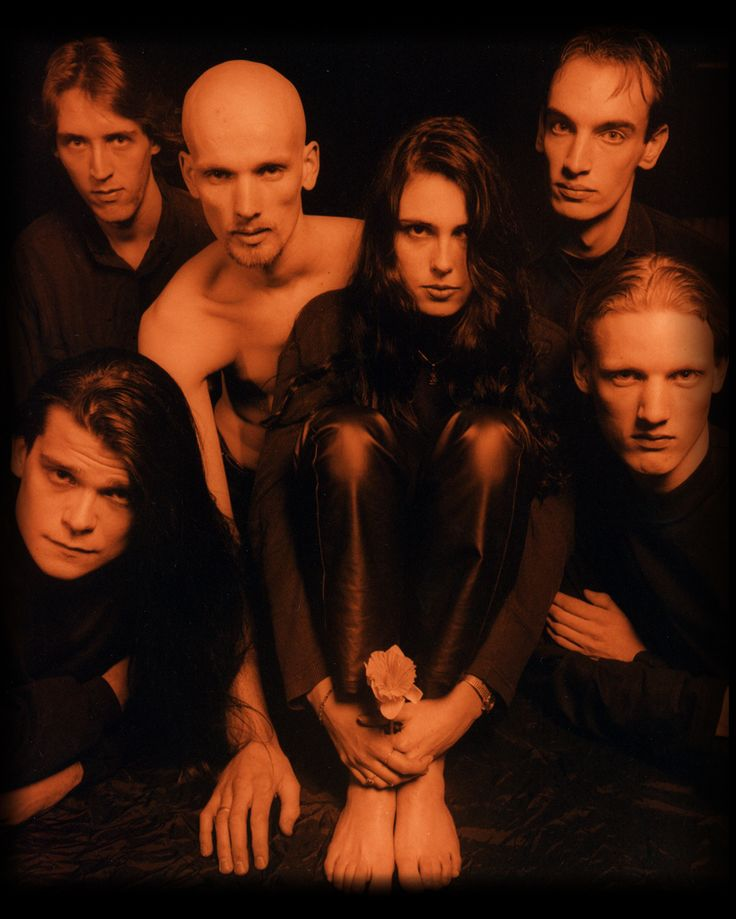 The-promotional-photos-of-the-album-Enter-within-temptation-24998873-820-1024.jpg (820×1024)