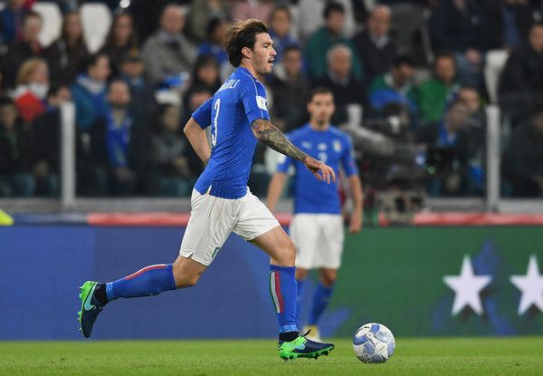 Alessio Romagnoli of Italy in action during the FIFA 2018 World Cup Qualifier between Italy and Spain at Juventus Stadium on October 6, 2016 in Turin, Italy.