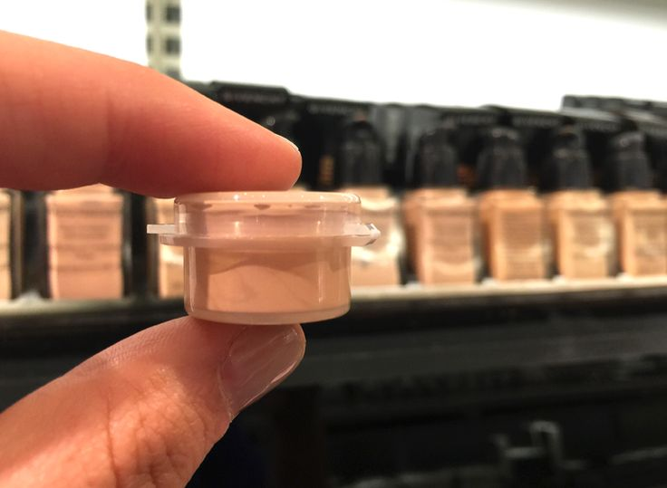 23 Insider Hacks from a Sephora Employee 4. Get a free take-home sample of nearly any product in the store including foundations, loose powders, lipsticks and perfumes!