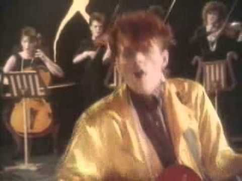 Lay Your Hands On Me - The Thompson Twins  VH1 Classic