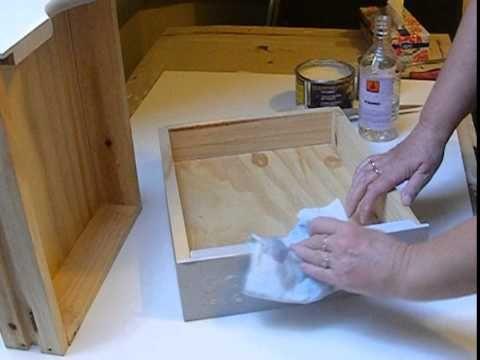 Komódka z szufladami i szblon 3D z farbą kredową Vittorino