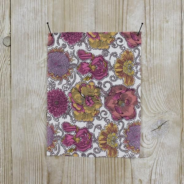 Liberty of London Tana Lawn - Lucy Daisy