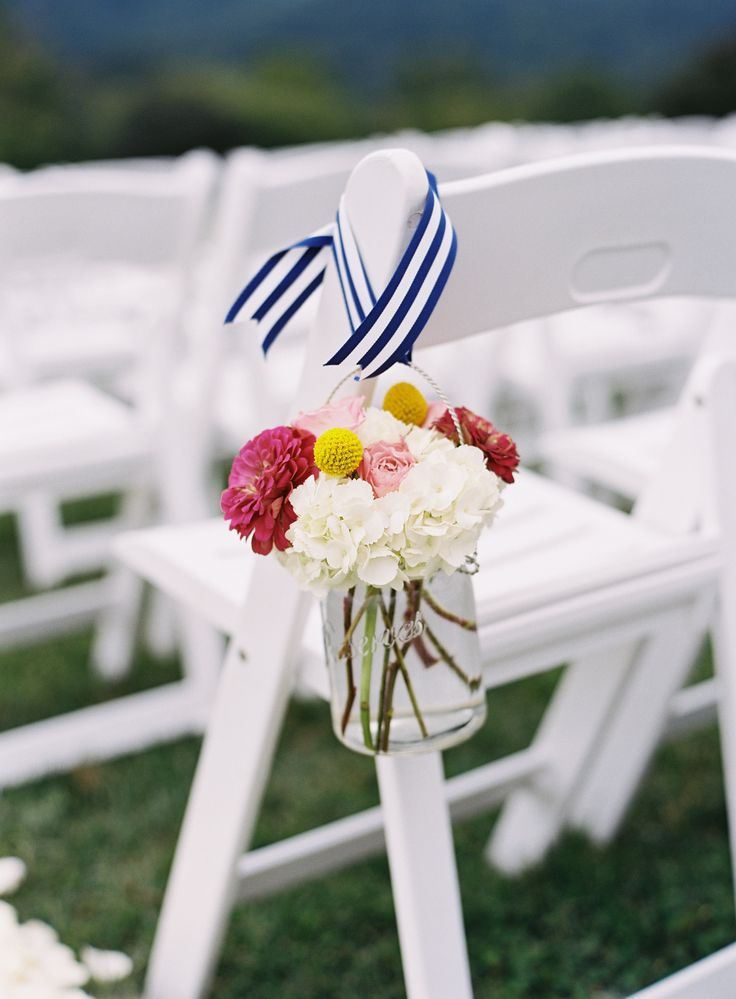 #aisle-decor  Photography: Eric Kelley Photography - erickelleyphotography.com  Read More: http://www.stylemepretty.com/2014/03/27/preppy-striped-charlottesville-wedding/