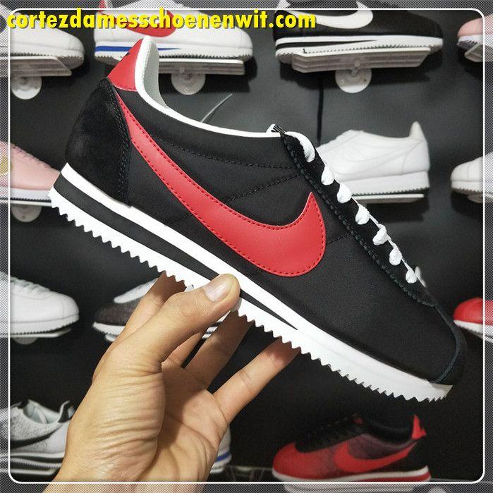 buy online fd4df 46797 Nike Classic Cortez 488291-001 Nylon Dames Loopschoenen Rood Zwart Wit
