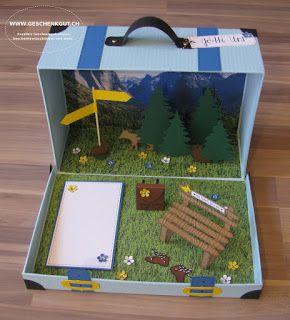 Reisekoffer Koffer mit Berge Berglandschaft Wanderferien Wanderausflug Feriengutschein Reisegutschein