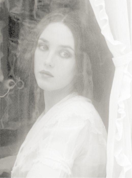 Isabelle Adjani in Nosferatu.