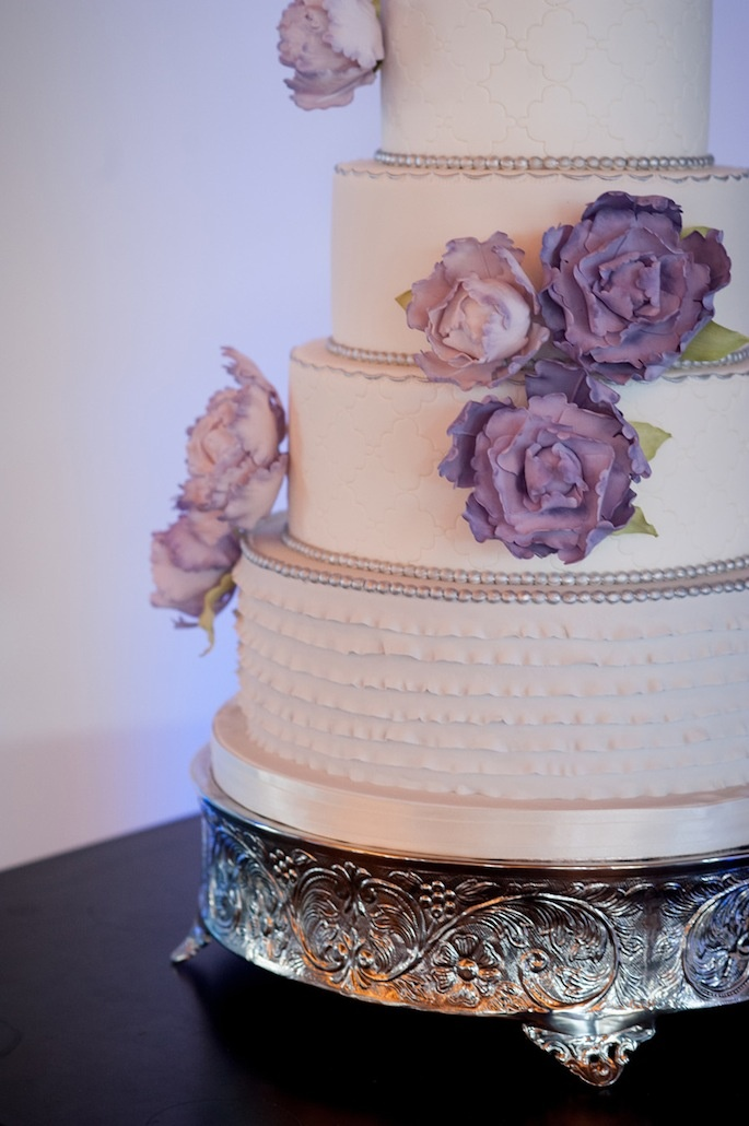 white wedding cake with purple flowers 17 best images about purple silver and white wedding on 27416