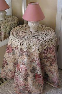 table topper - free crochet pattern on ravelry