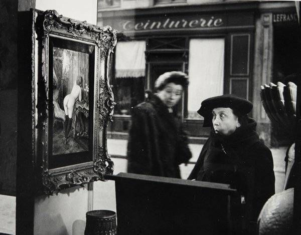 Robert Doisneau, Tableau de Wagner dans la vitrine de la Galerie Romi, Paris (1948)